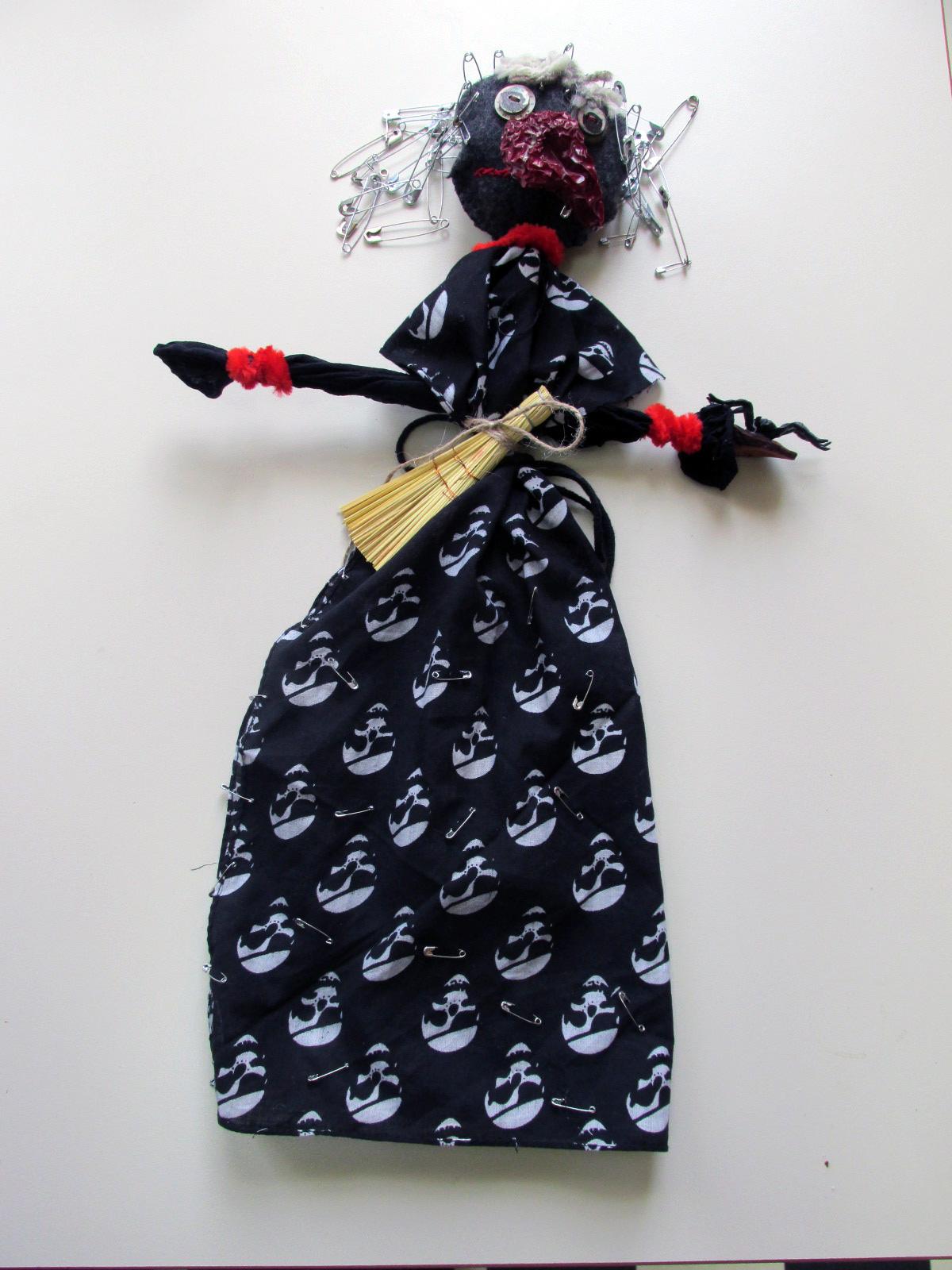 уникални театрални кукли