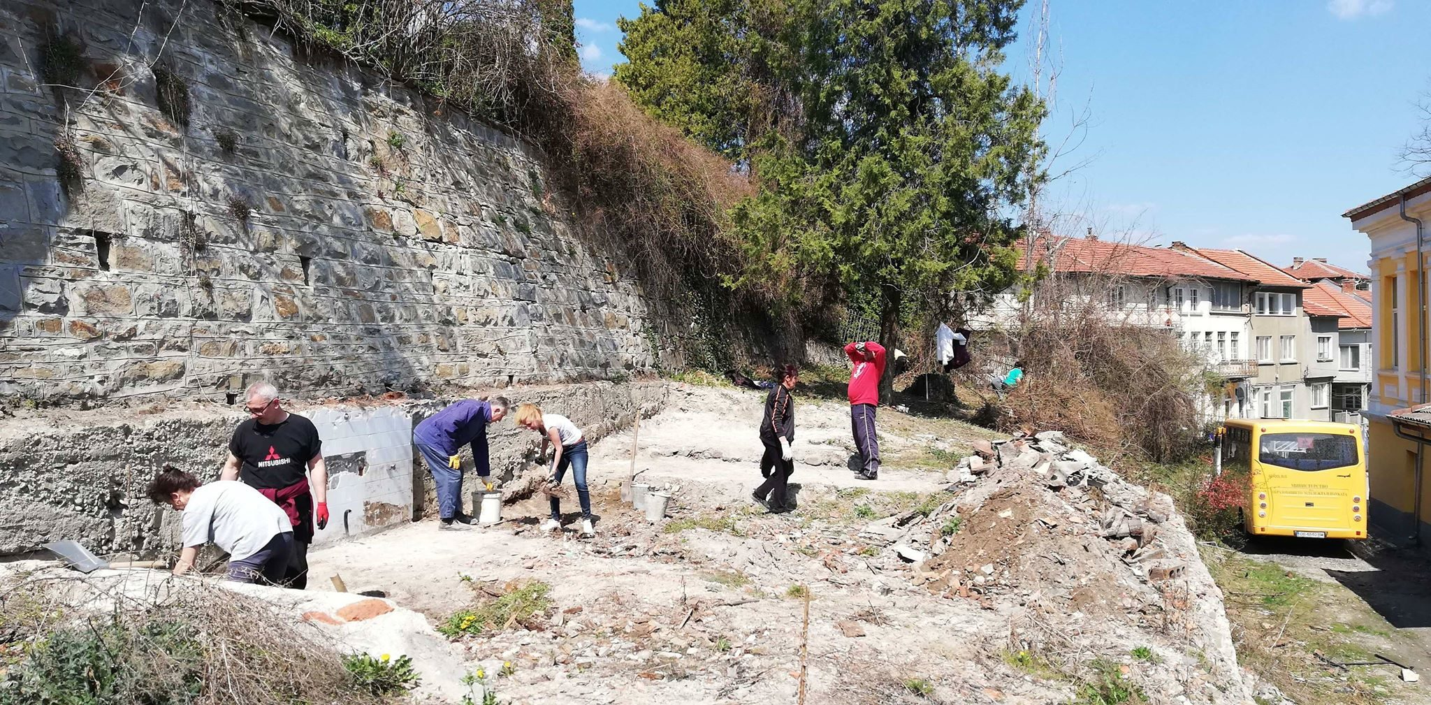 Подготовка на терен за изграждане на опитно поле